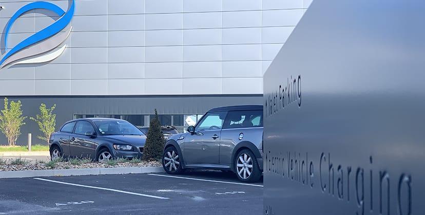 Parking voitures sécurisé - FBO Paris Le Bourget